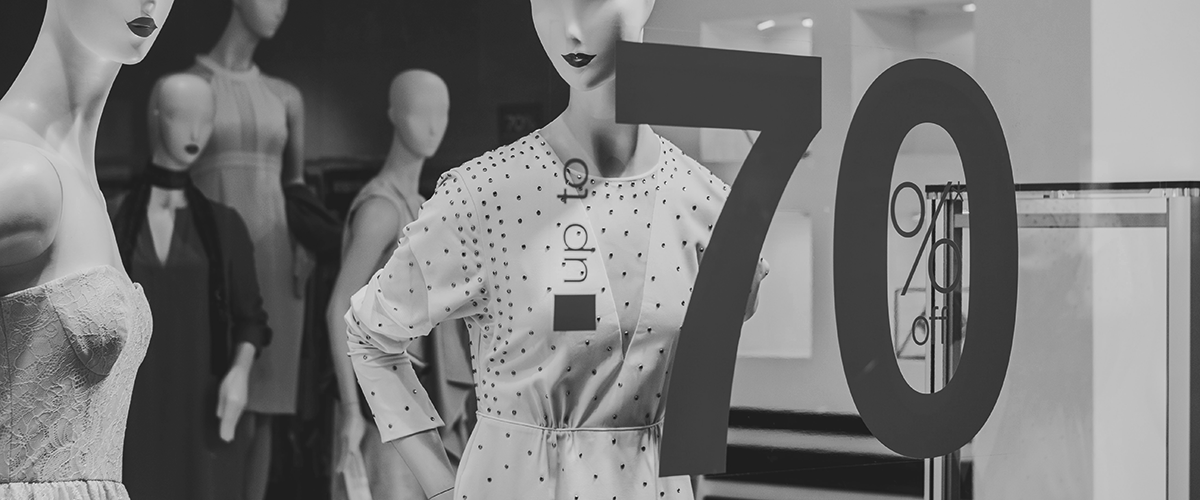 discount strategy mannequins 70% off
